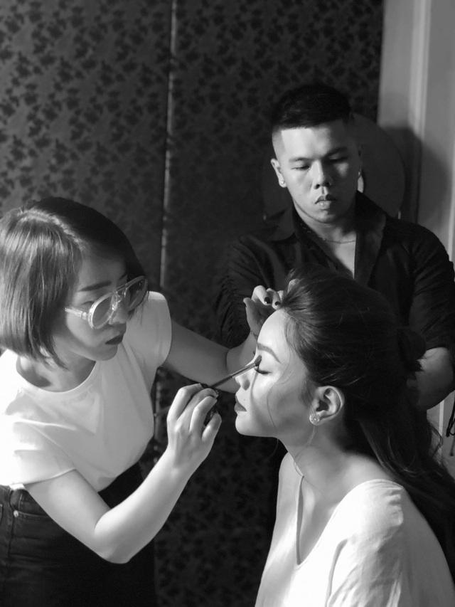 """Chuyên gia trang điểm Huyền Lê tiết lộ """"quy tắc"""" khi làm việc với ca sĩ Hồ Ngọc Hà  - Ảnh 3."""