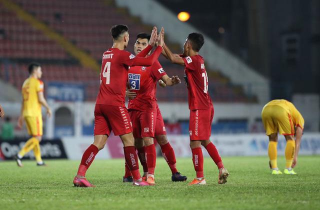 Vòng 4 giai đoạn 2 V-League 2020: Trận chung kết ngược trên sân Thiên Trường - Ảnh 1.