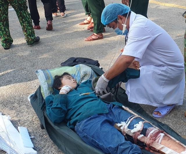 Hình ảnh những nạn nhân được cứu trong vụ sạt lở núi kinh hoàng ở Quảng Nam - Ảnh 5.