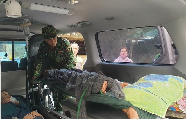 Hình ảnh những nạn nhân được cứu trong vụ sạt lở núi kinh hoàng ở Quảng Nam - Ảnh 7.
