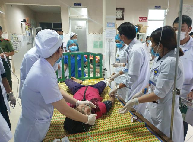 Hình ảnh những nạn nhân được cứu trong vụ sạt lở núi kinh hoàng ở Quảng Nam - Ảnh 11.