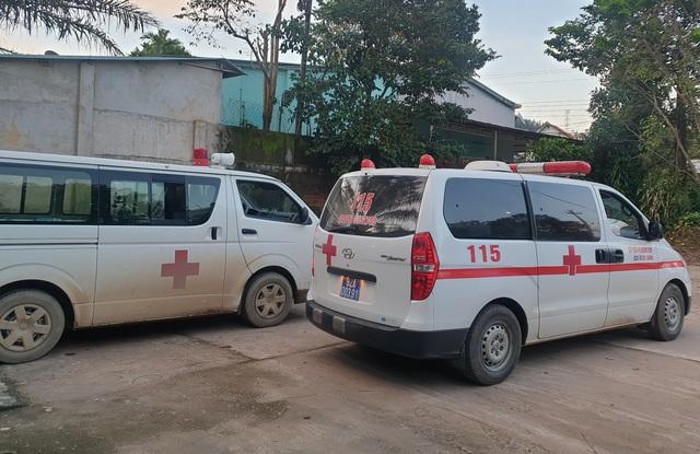 Hình ảnh những nạn nhân được cứu trong vụ sạt lở núi kinh hoàng ở Quảng Nam - Ảnh 6.
