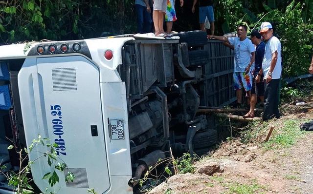 Khởi tố chủ xe khách trong vụ tai nạn làm 15 người chết tại Quảng Bình - Ảnh 2.