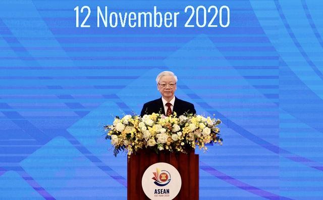 """ASEAN đang ở thời điểm """"Khó khăn không chùn bước, thách thức chẳng sờn lòng"""", thực hiện nhiệm vụ kép vừa chống dịch, vừa thúc đẩy phục hồi - Ảnh 2."""