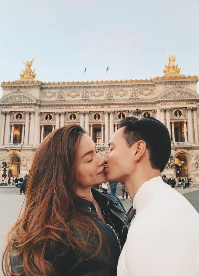 Hồ Ngọc Hà và Kim Lý là vợ chồng hợp pháp từ đầu năm 2020 - Ảnh 1.