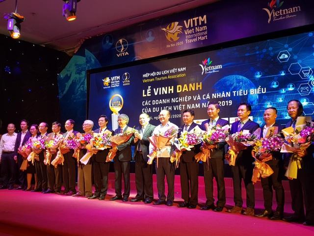 Vinh danh các doanh nghiệp và cá nhân tiêu biểu của Du lịch Việt Nam năm 2019 - Ảnh 2.