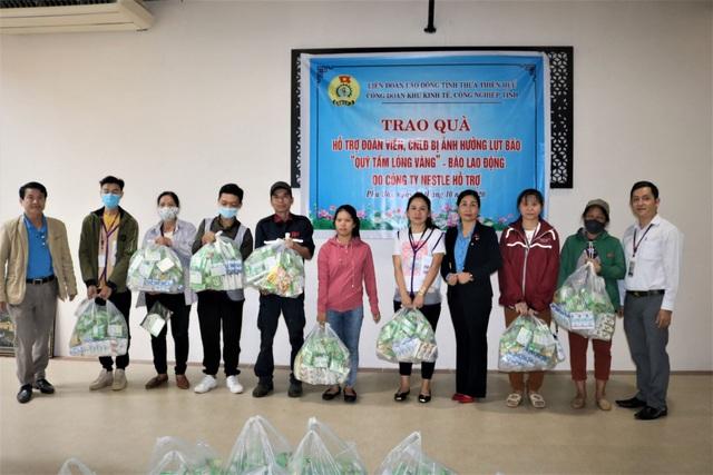 Nestlé Việt Nam chung tay hỗ trợ  đồng bào miền Trung bị ảnh hưởng bởi lũ lụt  - Ảnh 1.