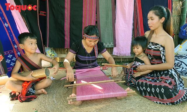 """Nhiều hoạt động hấp dẫn và ý nghĩa tại """"Ngày hội Di sản văn hóa Đà Nẵng năm 2020"""" - Ảnh 3."""
