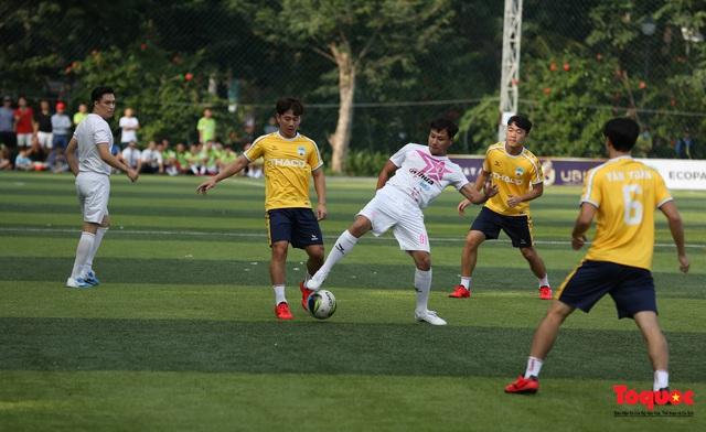 Dàn sao đình đám của bóng đá và showbiz Việt góp mặt ở giải đấu từ thiện vì miền Trung - Ảnh 7.