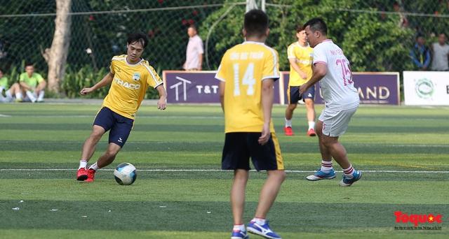 Dàn sao đình đám của bóng đá và showbiz Việt góp mặt ở giải đấu từ thiện vì miền Trung - Ảnh 9.
