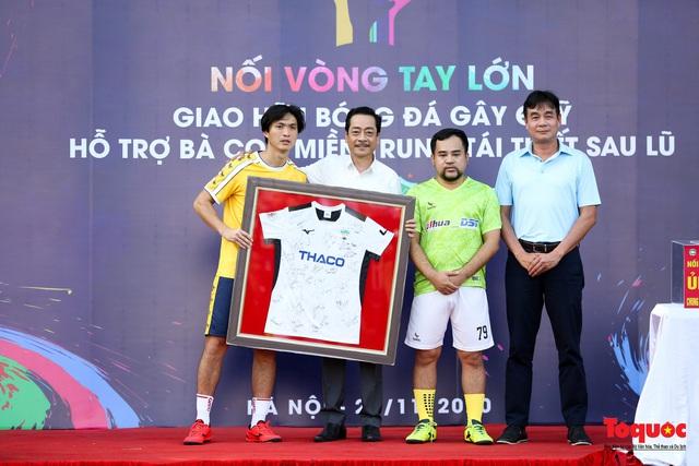 Dàn sao đình đám của bóng đá và showbiz Việt góp mặt ở giải đấu từ thiện vì miền Trung - Ảnh 4.