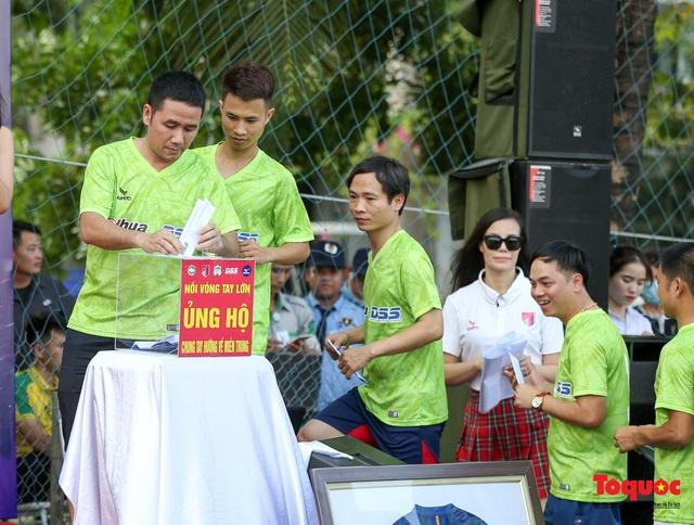 Dàn sao đình đám của bóng đá và showbiz Việt góp mặt ở giải đấu từ thiện vì miền Trung - Ảnh 6.