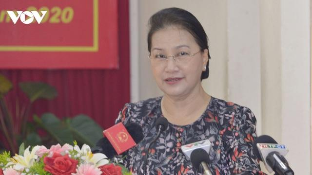 Chủ tịch Quốc hội Nguyễn Thị Kim Ngân tiếp xúc cử tri quận Cái Răng, thành phố Cần Thơ - Ảnh 1.