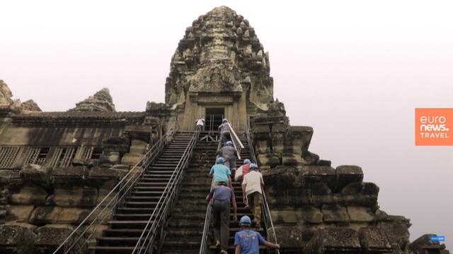 """Những """"người nhện"""" mạo hiểm tính mạng vì Angkor Wat - Ảnh 1."""