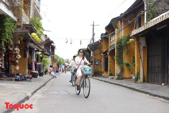 Quảng Nam cần chú trọng phát triển du lịch bền vững, bảo vệ tài nguyên, môi trường và di sản - Ảnh 3.