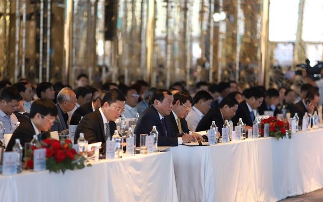 Khai mạc diễn đàn liên kết phát triển du lịch giữa Hà Nội, TP.HCM và Vùng kinh tế trọng điểm miền Trung - Ảnh 2.