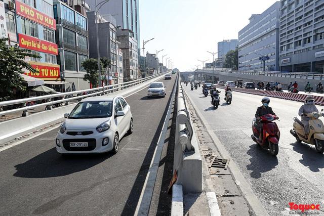 Chính thức thông xe Đường Vành đai 2 trên cao, đoạn Ngã Tư Sở - Ngã Tư Vọng - Ảnh 2.