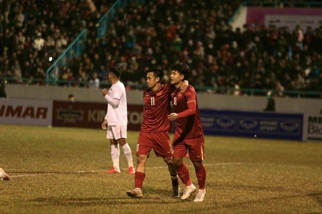 """HLV Park Hang-seo: """"Tuyển Việt Nam bị thủng lưới trước là một vấn đề cần giải quyết"""" - Ảnh 1."""