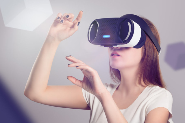 """Điểm mặt """"kẻ thắng, người thua"""" trong làng công nghệ thế giới năm 2020 - Ảnh 1."""