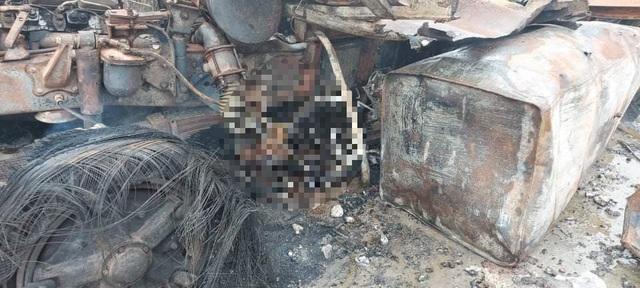 Pháo nổ liên hồi tại thời điểm xảy ra vụ cháy ở khu vực biên giới Việt Nam - Lào - Ảnh 3.