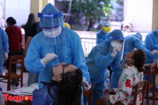 Ngành du lịch Đà Nẵng tăng cường thực hiện công tác phòng chống và đánh giá nguy cơ lây nhiễm COVID-19  - Ảnh 1.