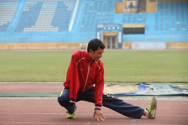 Thể thao người khuyết tật: Khi HLV vừa là thầy, vừa là người nhà - Ảnh 1.