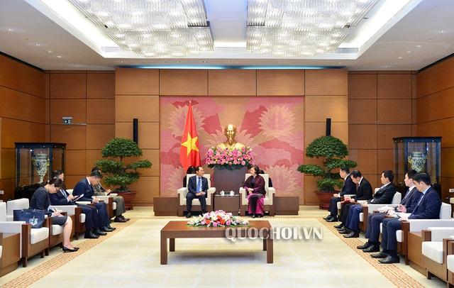 Chủ tịch Quốc hội Nguyễn Thị Kim Ngân tiếp Đại sứ Hàn Quốc Park Noh-Wan - Ảnh 3.