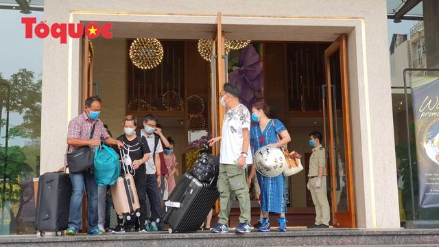 Du khách quốc tế cảm ơn các nhân viên khách sạn Vanda chăm sóc chu đáo, tuyệt vời trong những ngày cách ly - Ảnh 14.