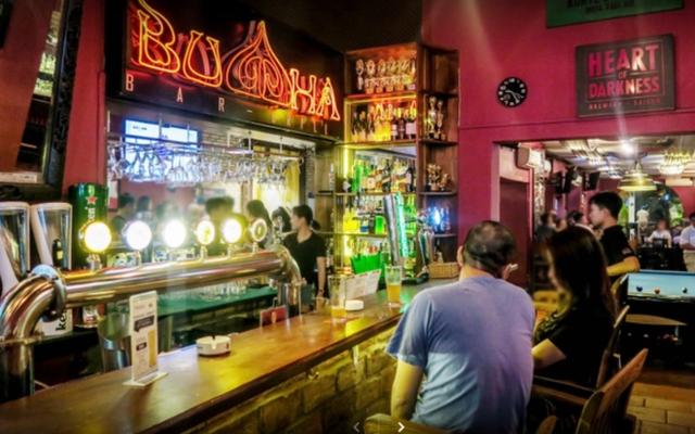 Đà Nẵng rà soát những trường hợp đã từng đến BV Bạch Mai và quán bar Buddha - Ảnh 1.