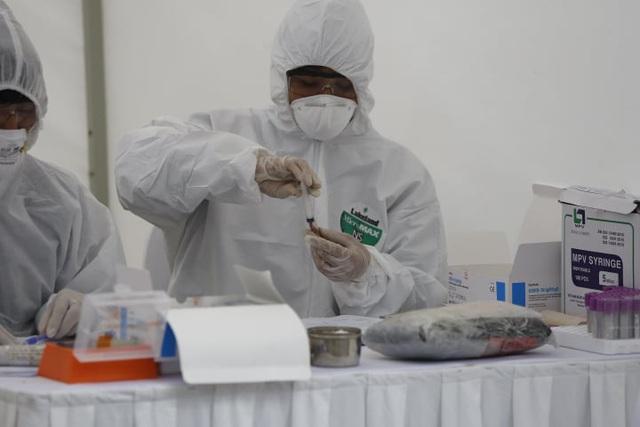 Hà Nội sẽ tiến hành xét nghiệm nhanh tại một số cửa ngõ chính ra vào thành phố - Ảnh 1.