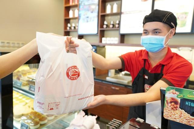 Doanh nghiệp Việt tăng dùng sản phẩm thân thiện môi trường - Ảnh 2.