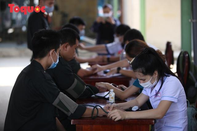 Hàng trăm Cảnh sát đặc nhiệm hiến máu cứu người  - Ảnh 4.