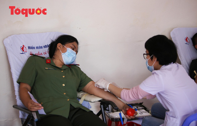 Hàng trăm Cảnh sát đặc nhiệm hiến máu cứu người  - Ảnh 5.