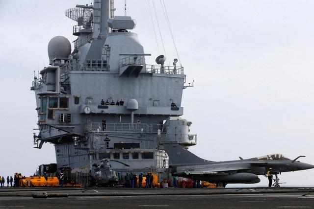 Chi tiêu quân sự toàn cầu tăng vọt tới 1,9 nghìn tỷ USD - Ảnh 1.