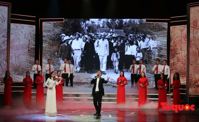 """Lễ trao giải sáng tác chủ đề """"Học tập và làm theo tư tưởng, đạo đức, phong cách Hồ Chí Minh"""" - Ảnh 17."""