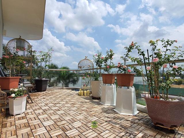 Khu vườn ngập sắc hoa trong biệt thự của Vũ Thu Phương - Ảnh 9.