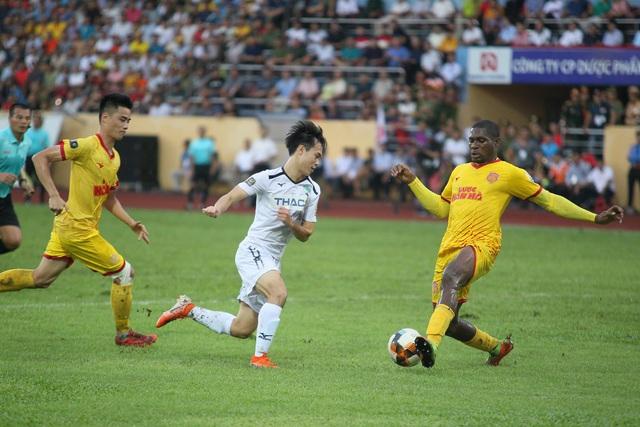 CLB Nam Định có được đội hình mạnh nhất đối đầu với CLB HAGL - Ảnh 1.