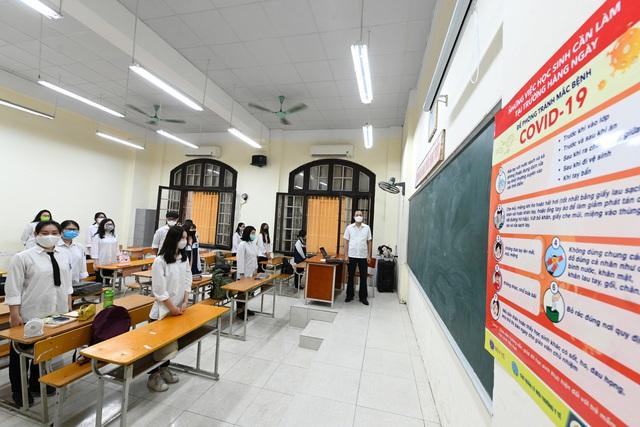 Năm học 2020-2021: Các trường linh hoạt tổ chức khai giảng, có thể dạy học trực tuyến  - Ảnh 1.