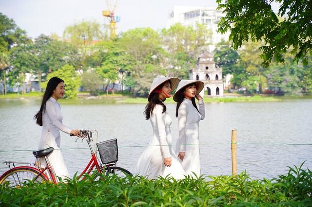 """Minh Hằng và dàn sao Việt cùng góp mặt trong MV """"mới toanh"""" thúc đẩy nền du lịch Việt Nam - Ảnh 1."""