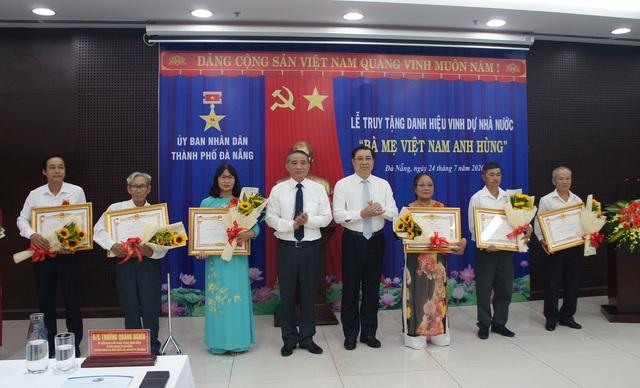 Đà Nẵng truy tặng danh hiệu vinh dự Nhà nước Bà mẹ VNAH - Ảnh 1.