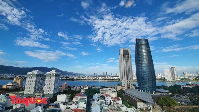 Lần đầu tiên sau 23 năm kinh tế Đà Nẵng tăng trưởng âm 3,61% - Ảnh 1.