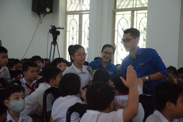 Đà Nẵng: Giúp học sinh cách tránh bị lừa đảo trên mạng xã hội - Ảnh 3.