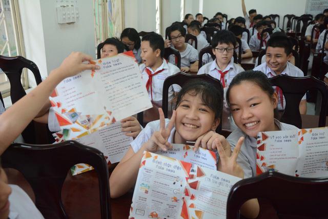 Đà Nẵng: Giúp học sinh cách tránh bị lừa đảo trên mạng xã hội - Ảnh 2.