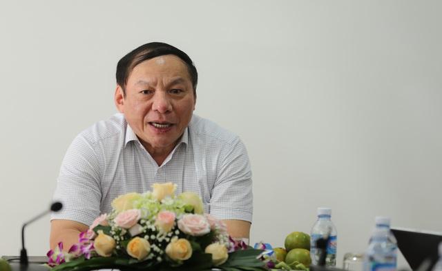Thứ trưởng Nguyễn Văn Hùng làm việc với Cục Bản quyền tác giả - Ảnh 1.