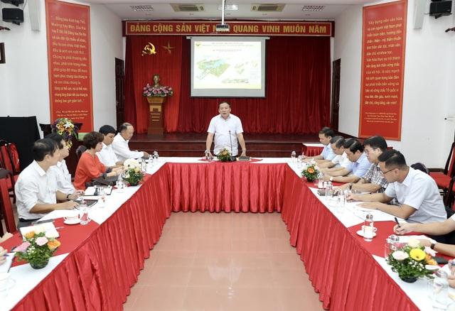 """Thứ trưởng Nguyễn Văn Hùng: Làng Văn hóa - Du lịch các dân tộc Việt Nam phải là một địa chỉ """"đỏ"""" trong tương lai - Ảnh 1."""