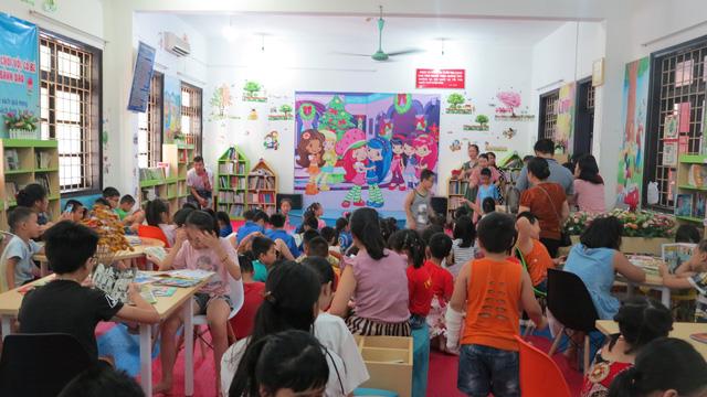 Lạng Sơn: Phát huy hiệu quả các hoạt động học tập suốt đời trong các thư viện, bảo tàng, nhà văn hóa, câu lạc bộ - Ảnh 1.