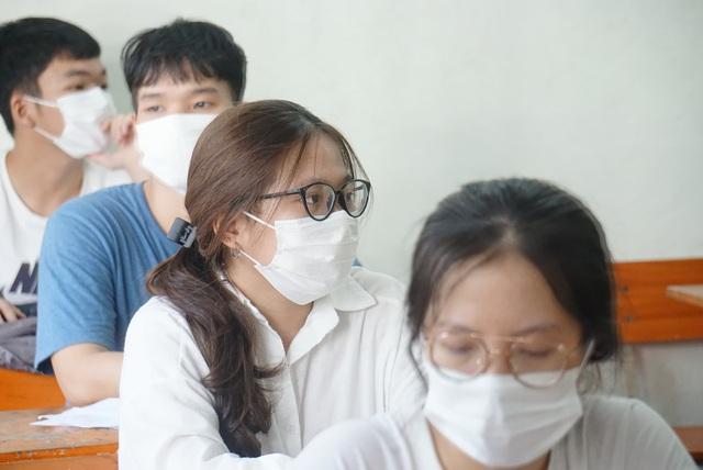 Gần 11.000 thí sinh Đà Nẵng làm thủ tục dự thi tốt nghiệp THPT năm 2020 đợt 2 - Ảnh 5.