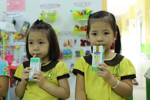 Học sinh mầm non, tiểu học ở Đà Nẵng bắt đầu đến trường học tập trung - Ảnh 15.