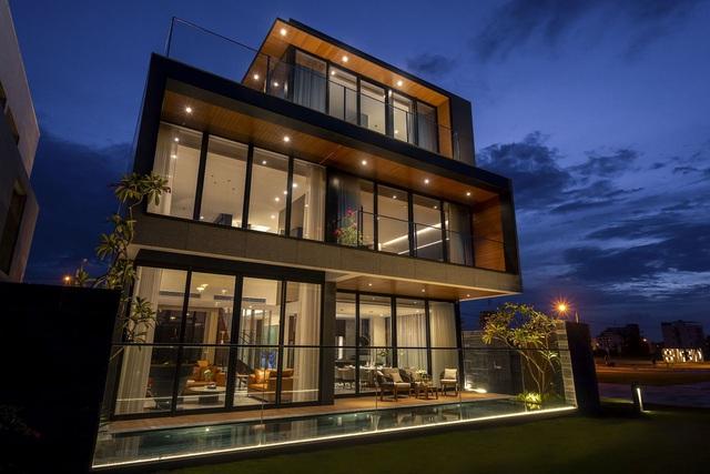 Màn trình diễn ánh sáng tuyệt đẹp tại villa siêu sang bên sông Cổ Cò  - Ảnh 5.