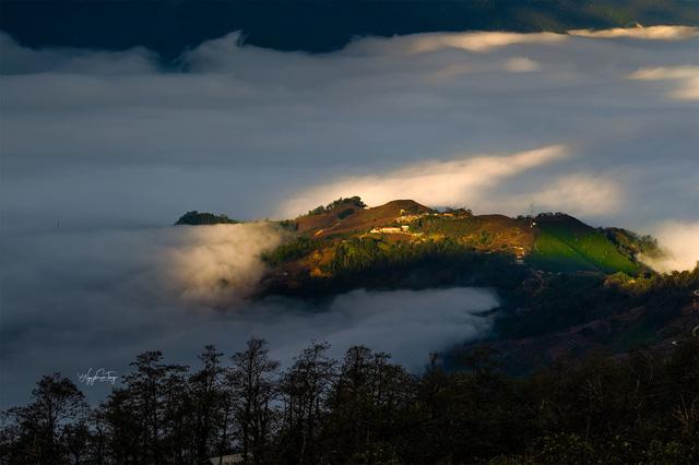 Cảnh đẹp ngỡ ngàng trên vùng cao Y Tý - Ảnh 2.